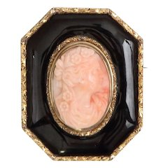 14k Gold Enameled 3D High-Relief Carved Coral Cameo Pendant Pin/Brooch