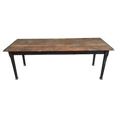 Rare find 19th Century American oak long kitchen dining table