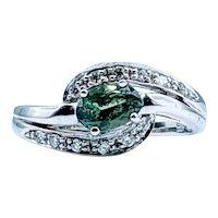 Attractive Green Tourmaline and Diamond Ring 18k