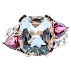 Stunning Aquamarine Ring with Tourmaline and Diamonds