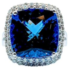 Top Quality 8.70ct Tanzanite and Diamond Ring by Christoff 18k