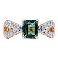 18kt Green Tourmaline & Diamond Ring