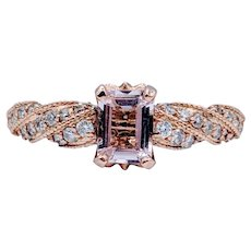 Stunning Morganite & Diamond Ring!