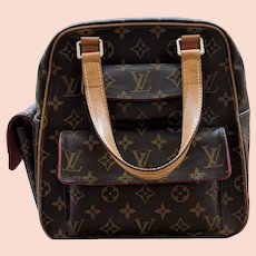 Handbag Louis Vuitton Excentri Cite