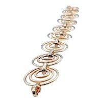 Beautiful Circular Link Gold Bracelet