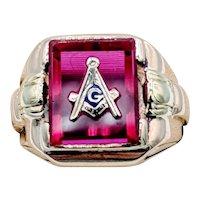 Vintage Mason Ring Red Stone