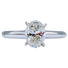 1.05ct Oval Diamond Solitaire 14k