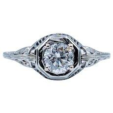 18kt Vintage Diamond Engagement Ring