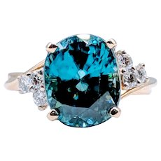 **High Quality** 18kt Blue Zircon & Diamond Ring