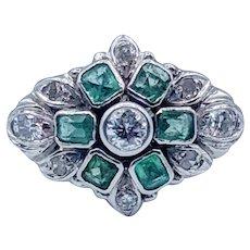 Classy Vintage Emerald and Diamond Ring 14k