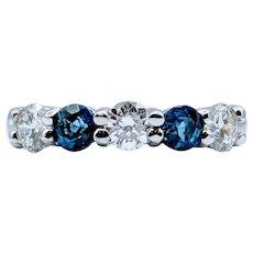 Stunning Sapphire & Diamond Ring!