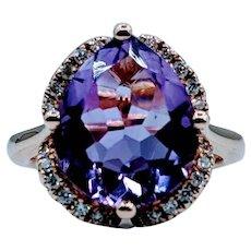 Stunning 14kt Amethyst & Diamond Ring
