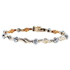 Stylish Diamond and Yellow Gold Bracelet