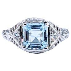 Stunning Aquamarine & Diamond Antique Ring - 18K