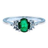 18kt Emerald & Diamond Ring