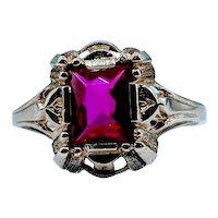 Vintage 10kt Ruby Ring