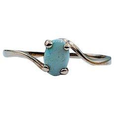 Dainty 14kt Opal Ring