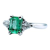 Stunning 7x5mm (1.06ct) Natural Emerald & Diamond Ring