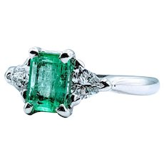 Stunning 7x5mm (1.06ct) Natural Emerald & Diamond Ring