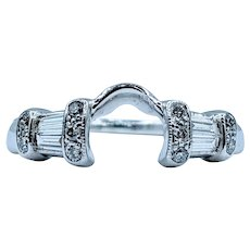 Gorgeous .16ctw Diamond Ring Guard