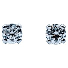 Stunning .18ctw Diamond Stud Earrings