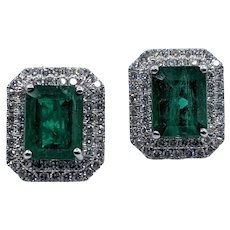 Gorgeous 5.04ctw Emerald and Diamond Platinum Earrings