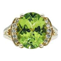 Stunning Oval Apple Green Perdiot & Diamond Ring