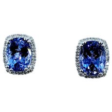 Gorgeous Tanzanite and White Diamond Stud Earrings