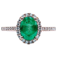 Elegant Emerald and White Diamond Ring