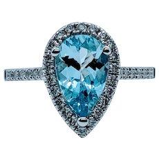 Beautiful Aquamarine and White Diamond Ring