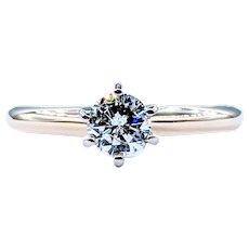 Impressive Solitaire Diamond Engagement Ring