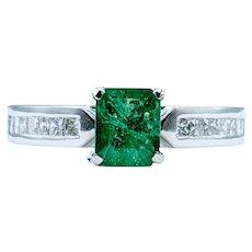 Beautiful Emerald & Diamond Dress Ring