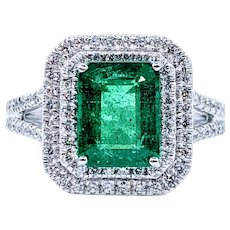 Dazzling Emerald & Diamond Cocktail Ring