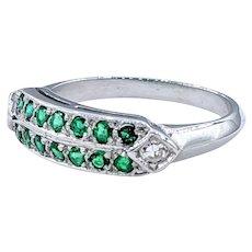 Stylish Emerald & Diamond Dress Ring