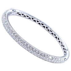 Superb Garavelli Diamond Bangle Bracelet - 18kt White Gold