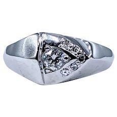 Unique Diamond & White Gold Fashion Ring
