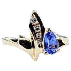 Stylish Tanzanite & Diamond Fashion Ring