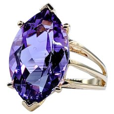 Gorgeous Amethyst & Solid Gold Cocktail Ring
