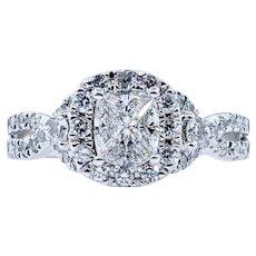 Stunning & Unique Diamond Ring - 14K White Gold