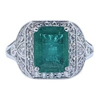 Sophisticated Emerald & Diamond Cocktail Ring