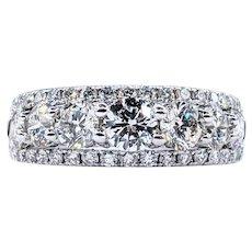 Glamorous Brilliant Diamond Band Ring - Platinum