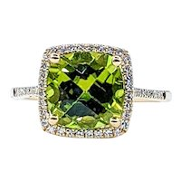 Beautiful Peridot & Diamond Cocktail Ring