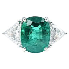 Sensational Emerald & Diamond Cocktail Ring