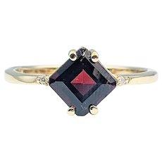 Simple Garnet & Diamond Dress Ring