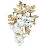 Sophisticated Pearl, Diamond & Emerald Cluster Brooch / Pin