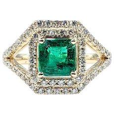 Luxurious Emerald & Diamond Cocktail Ring