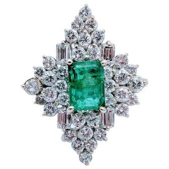 White Gold Diamond & Emerald Cocktail Ring