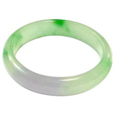 New Vintage 2-Tone Apple Green and Lavender Jadeite Jade Bangle Natural Color