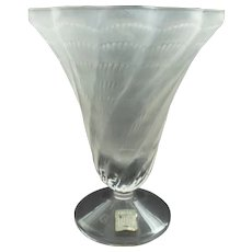 Contemporary Lalique France LUCIE Clear & Frosted Crystal Art Glass Vase, Shell Design