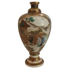 """19th C. Japanese Satsuma Miniature 5"""" Vase, MEIJI Period, Pictorial Scenes"""